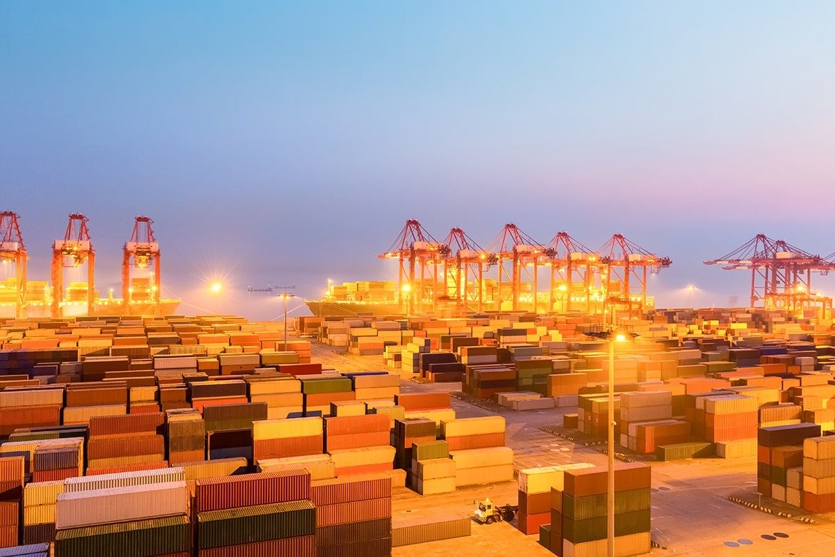an image of a port facility in the midst of the latest round of us-china tariffs in this current trade war.